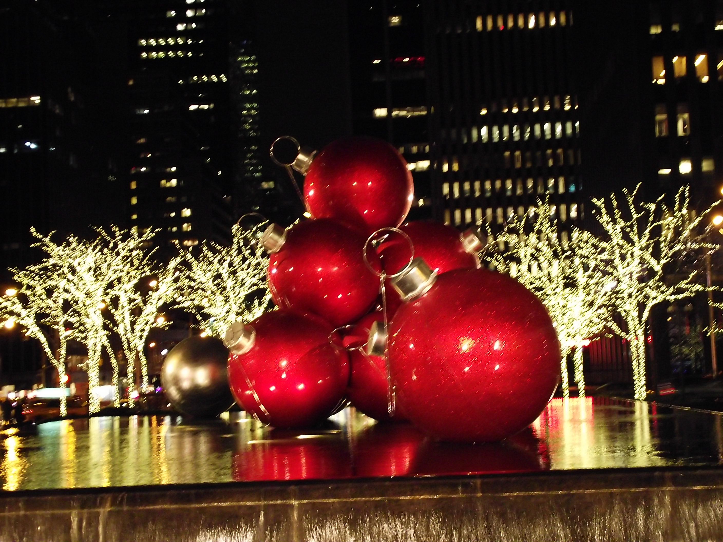 Christmastime in NYC | AmeriCanadian